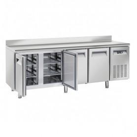 Tavolo Refrigerato in Acciaio INOX - 2255x700x950h mm - [-2 +8C°] - Quattro Porte Tropicalizzato con Alzatina